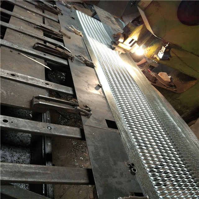 safety grating (267)